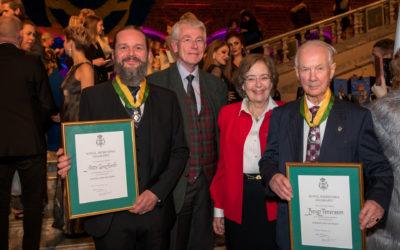 Kulturvårdande hantverkare fick medalj för utmärkt yrkesskicklighet